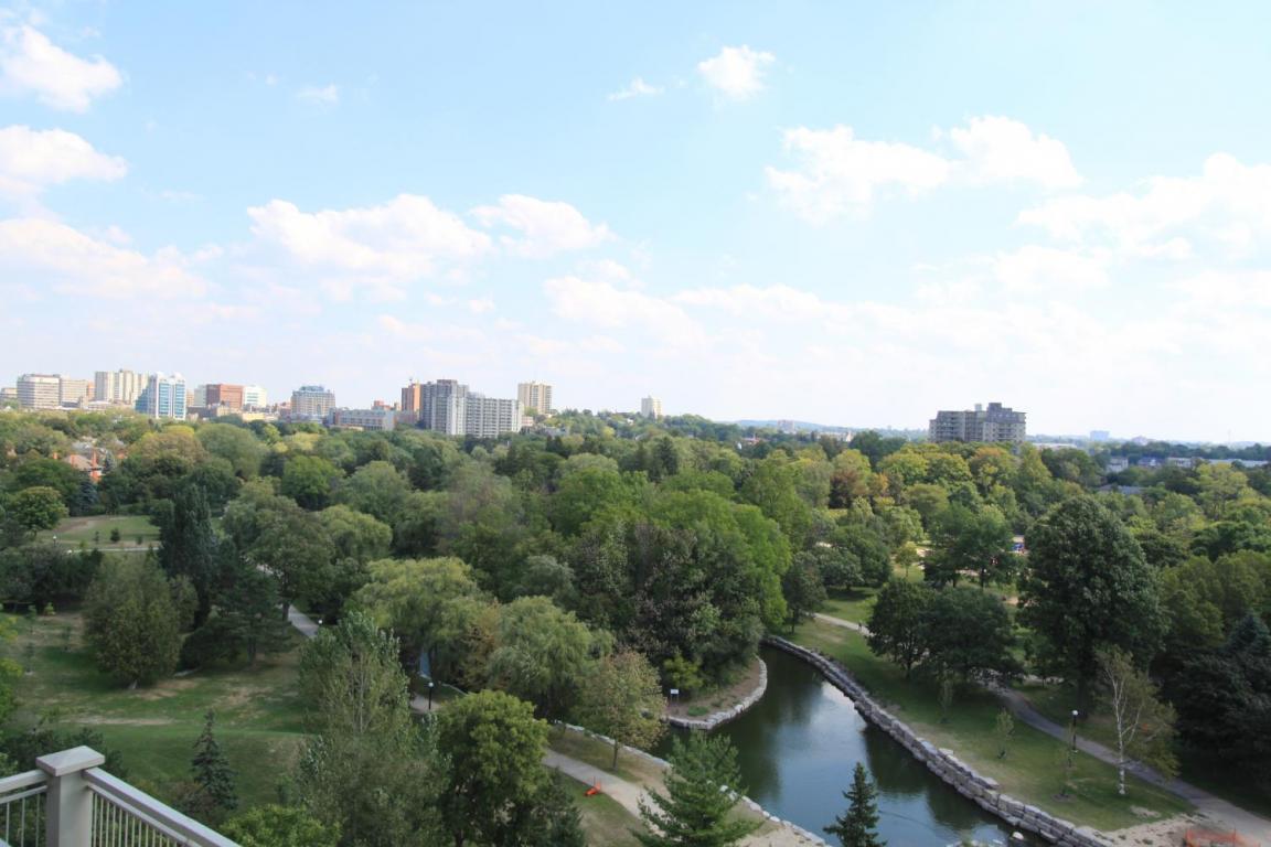 Victoria Park Place II - 215 Victoria St S Kitchener Ontario - View