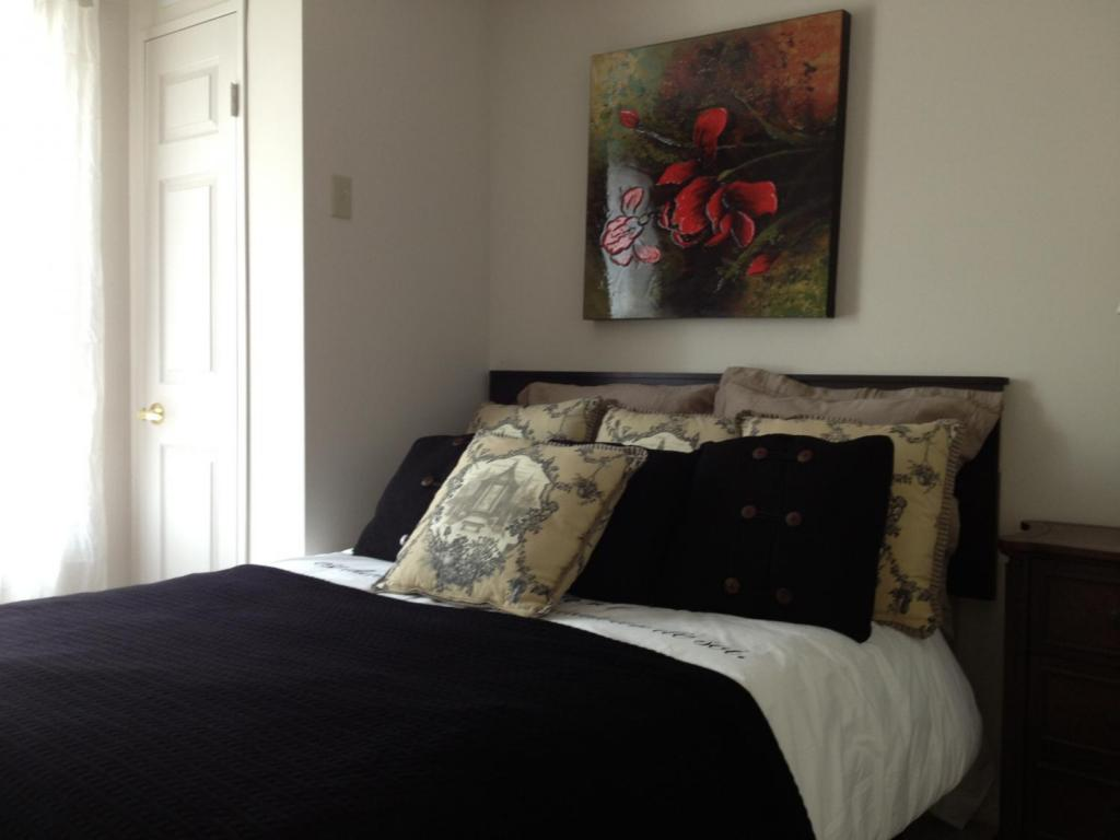 Apartments for Rent Kitchener - The Linden - Bedroom 1
