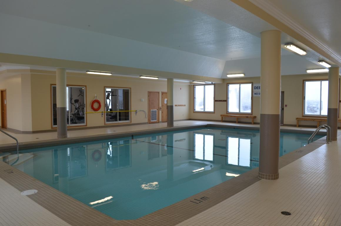Apartments for Rent Kitchener - Pool
