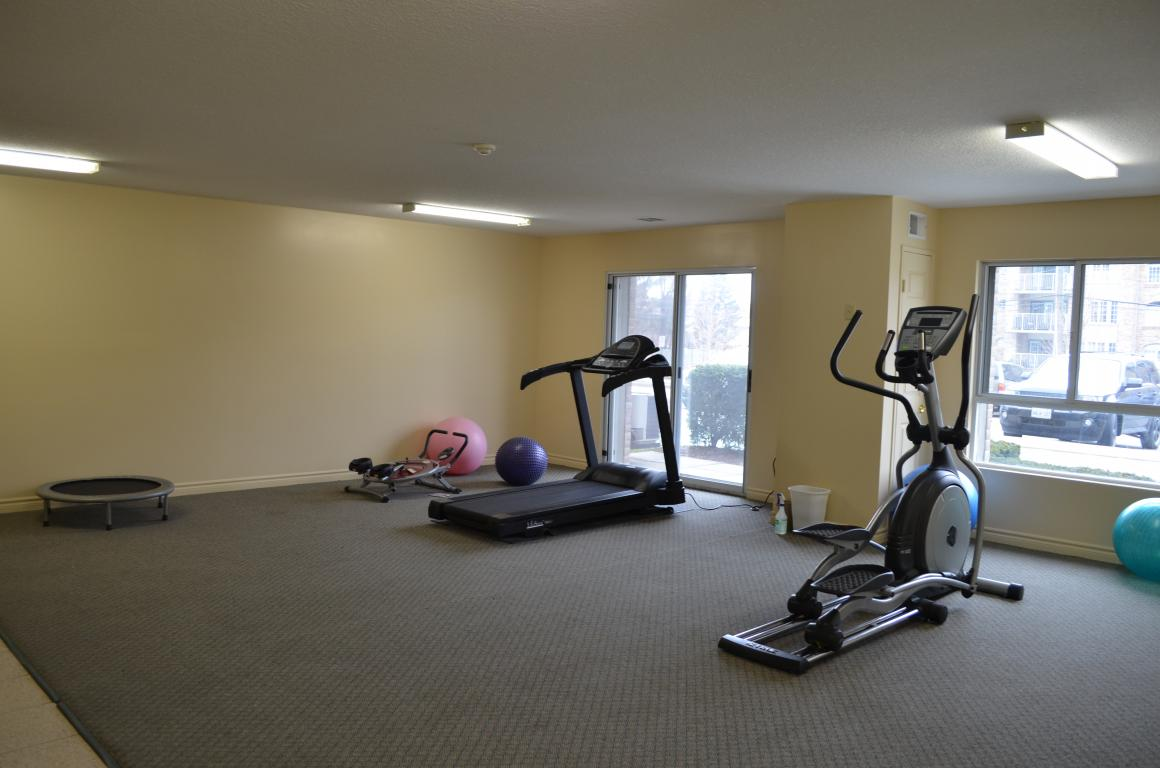 Apartments for Rent Burlington - 168 Plains Rd W - Fitness Room
