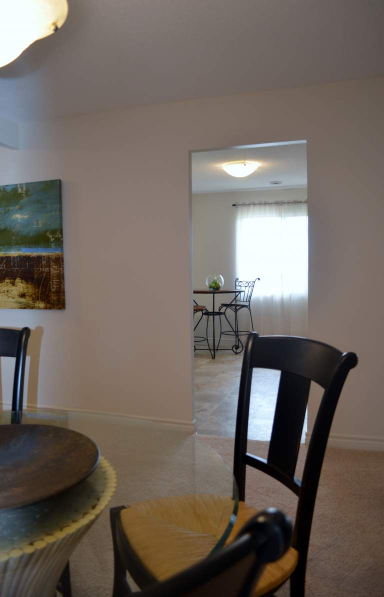 Windermere Place III - The Somerville - Dining Room/Kitchen - Apartments for Rent London - 675 Windermere Rd