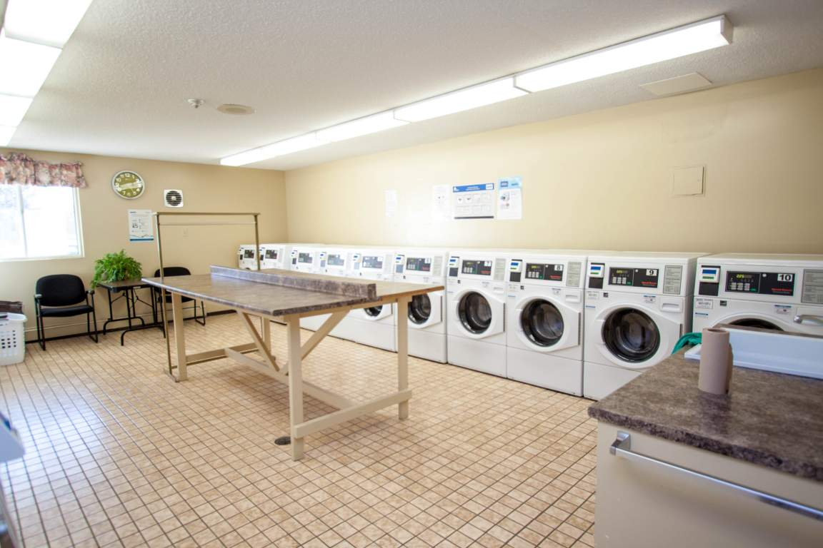 Windermere Place I - 655 Windermere Road London Ontario - Laundry Room