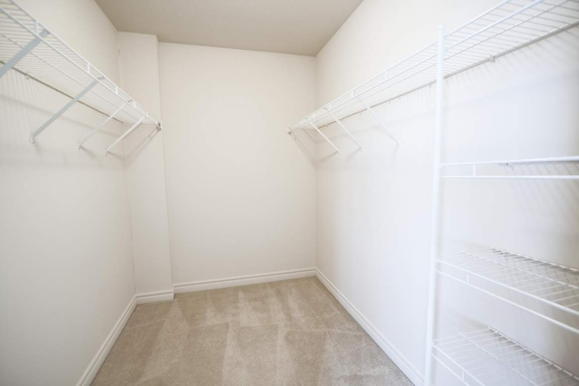 1440 Beaverbrook Ave London Ontario - Walk-in Closet