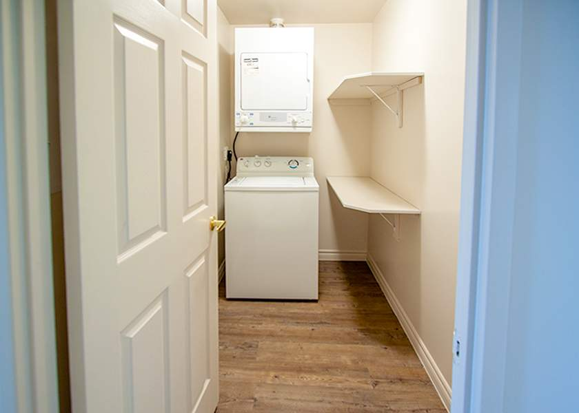 Fallowfield Towers IV - 101 Fallowfield Drive Kitchener Ontario - In-Suite Laundry