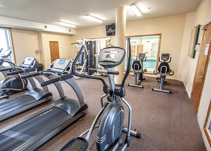 Fallowfield Towers III - 121 Fallowfield Drive Kitchener Ontario - Fitness Room