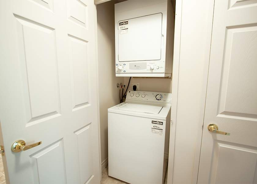 Fallowfield Towers III - 121 Fallowfield Drive Kitchener Ontario - In-Suite Laundry