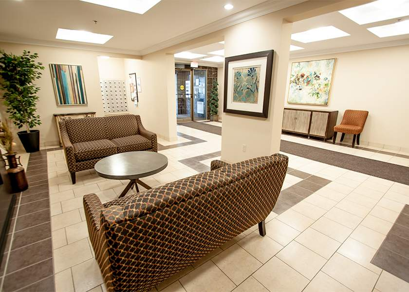 Fallowfield Towers III - 121 Fallowfield Drive Kitchener Ontario - Lobby 2
