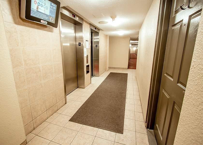 Victoria Park Towers - 310 Queen St S Kitchener Ontario - Elevator