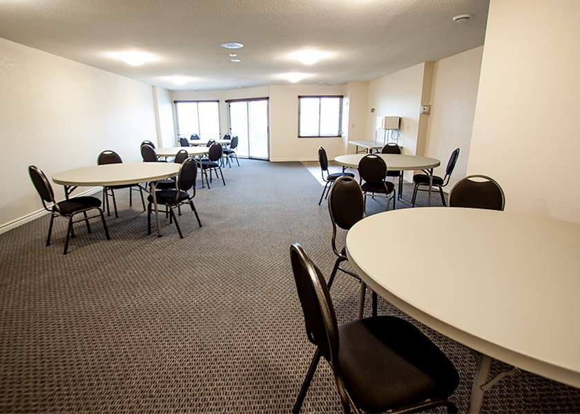 Wilson Place I - 425 Wilson Ave Kitchener Ontario - Social Room