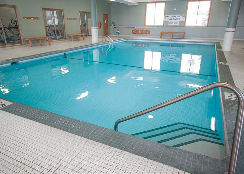 Capulet Towers II - 60 Capulet Ln London Ontario - Indoor Pool