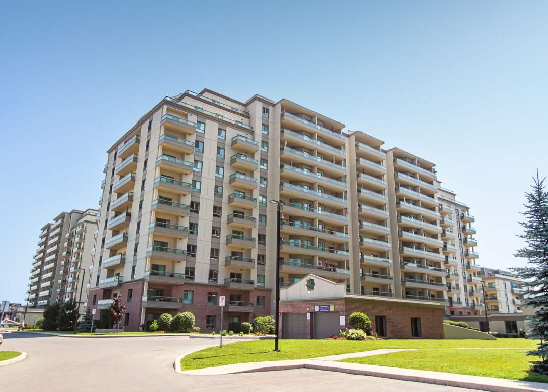 Apartment in Burlington Ontario