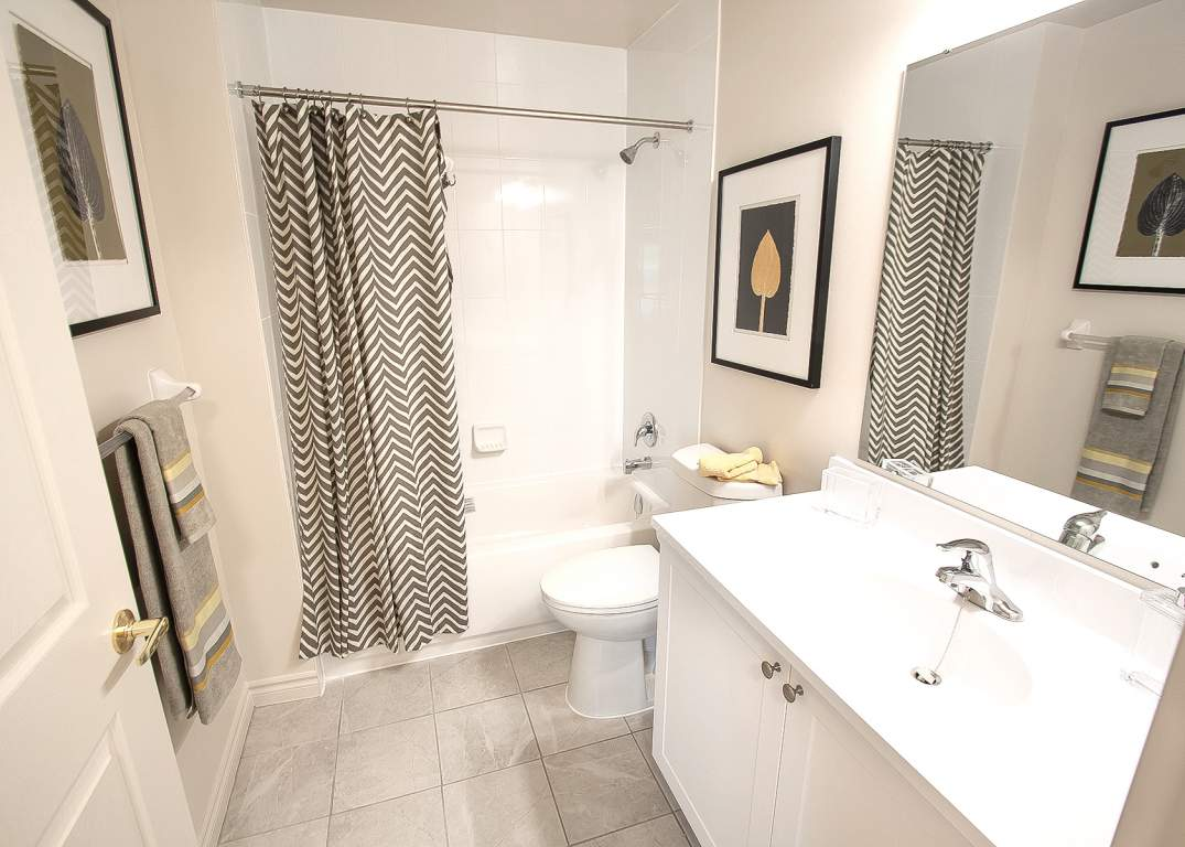 Blythwood Place 3 - Bathroom