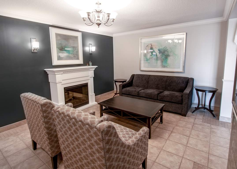 Marina Park Place III - 1295 Sandy Ln Sarnia Ontario - Lobby