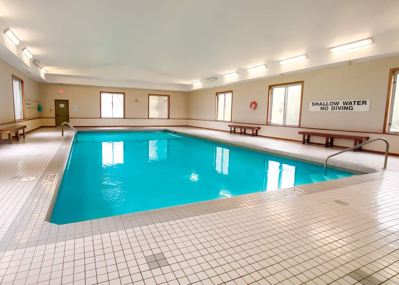 Lakeside Estates - 600 Chieftan St Woodstock Ontario - Indoor Saltwater Pool