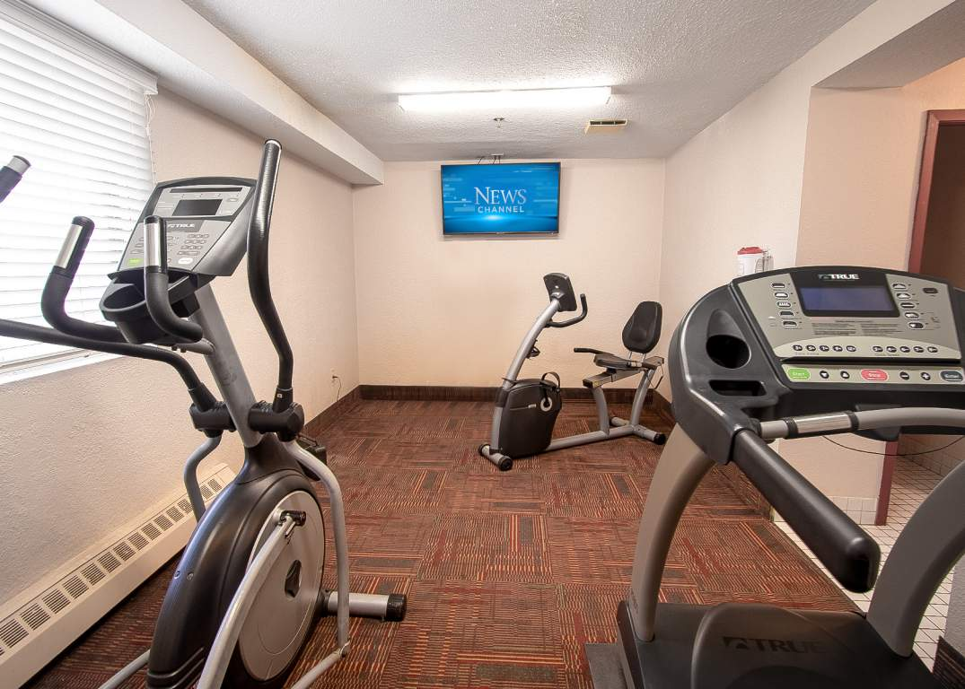 Lakeside Estates - 600 Chieftan St Woodstock Ontario - Fitness Room