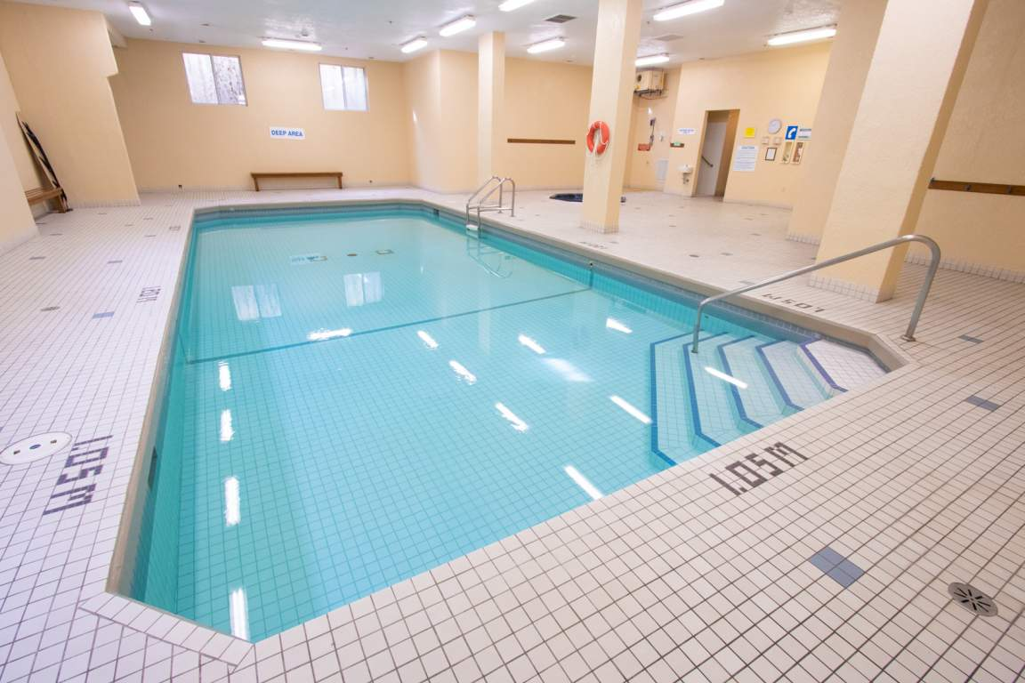Rosecliffe Gardens I - London Ontario - Indoor Pool