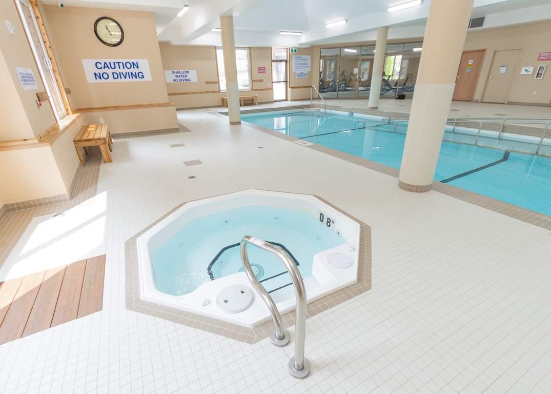 Blythwood Place 3 - Hot Tub