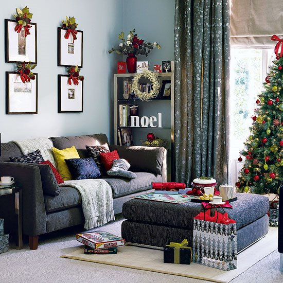 Holiday Decorating Your Apartment