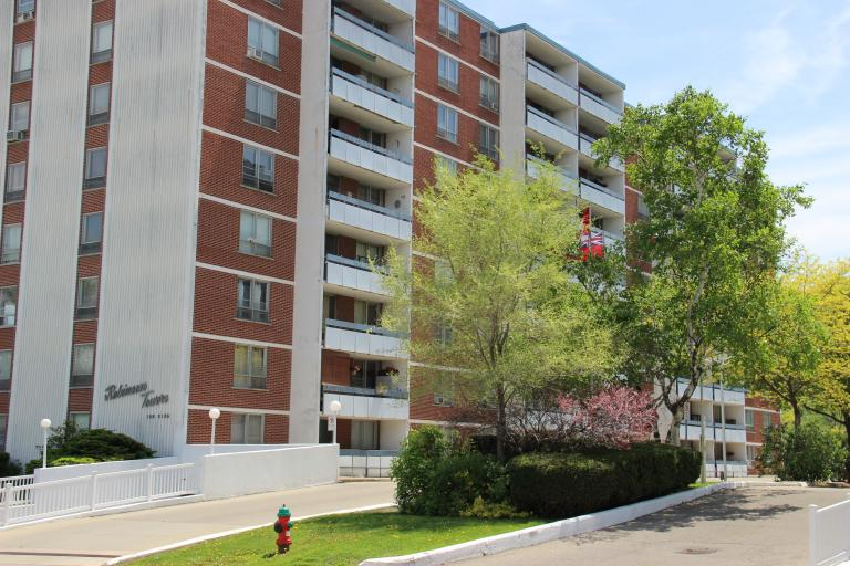 Robinson Towers Apartments