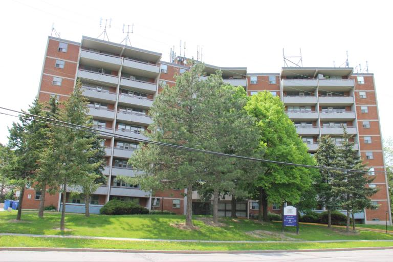 Glen Valley Apartments