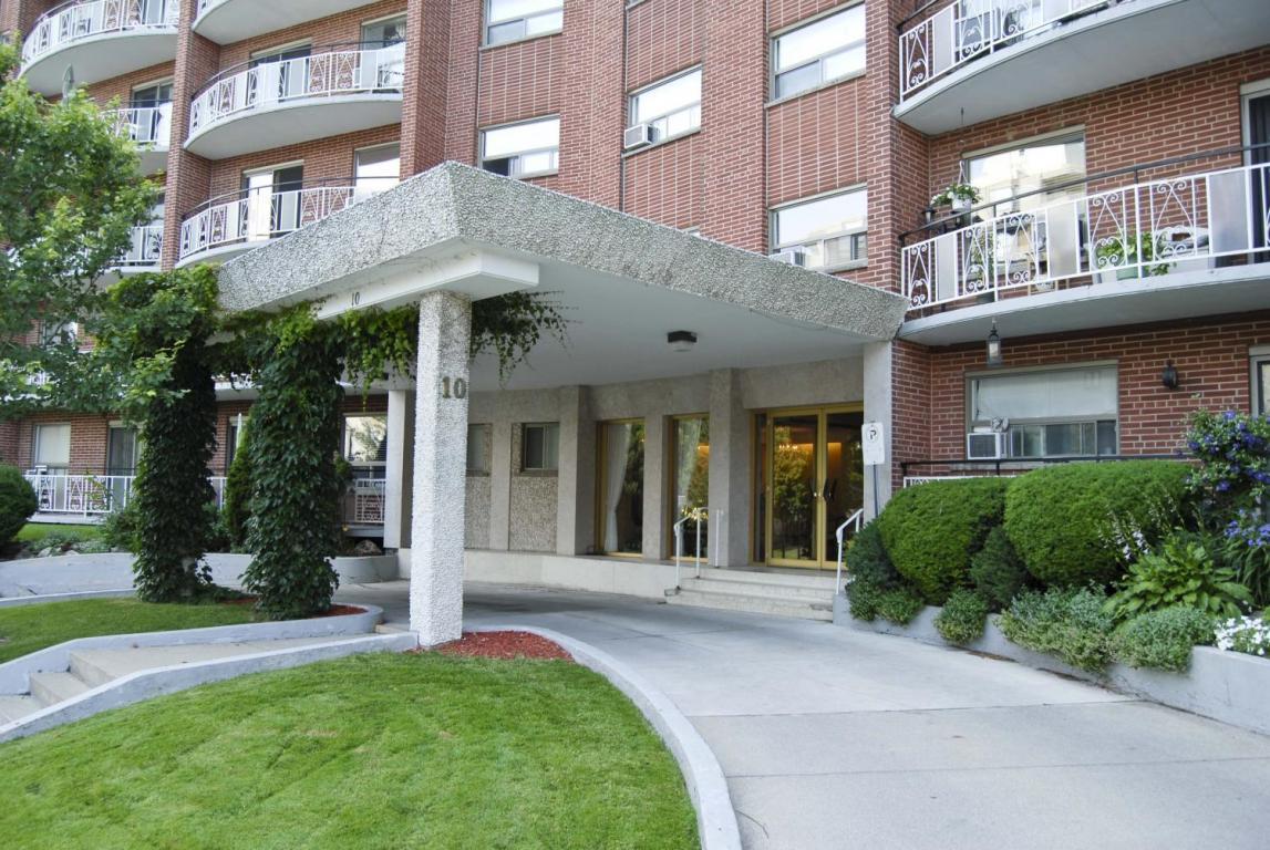 Bachelor residential for Rent in Stoney Creek