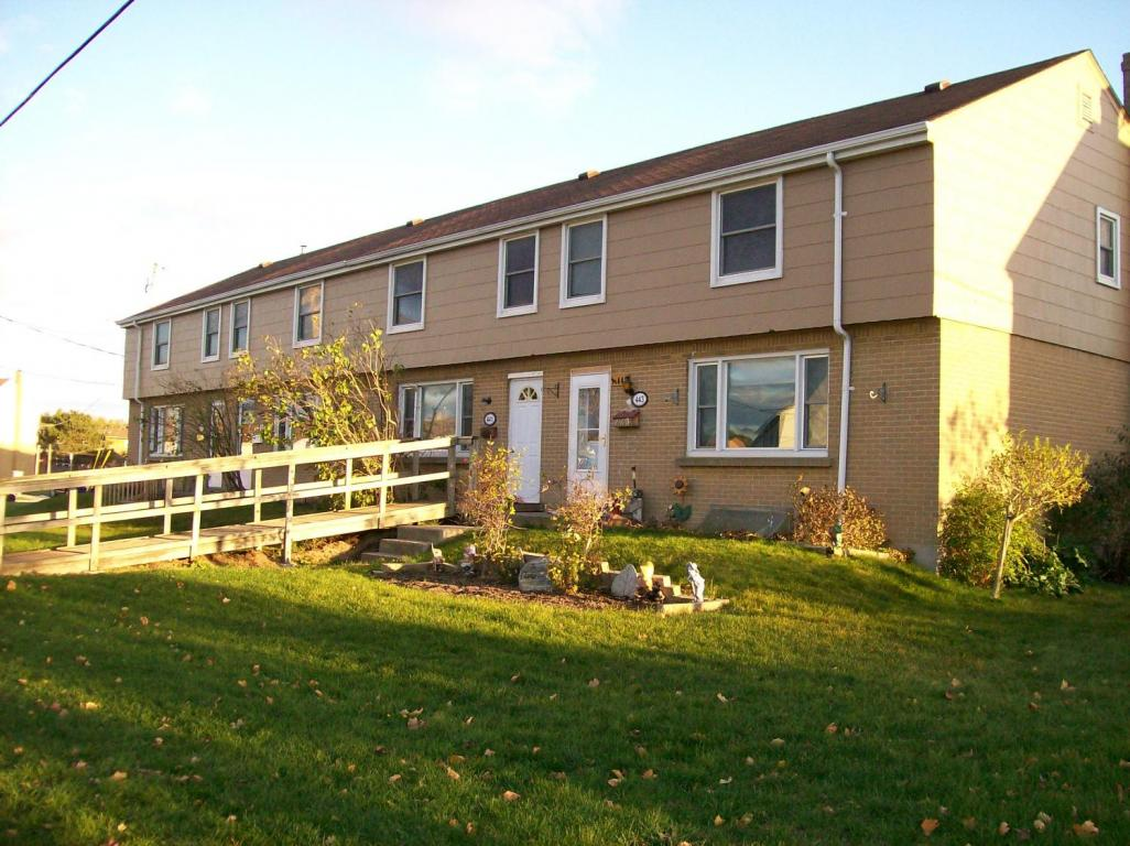 Cobourg Townhouse for rent, click for more details...