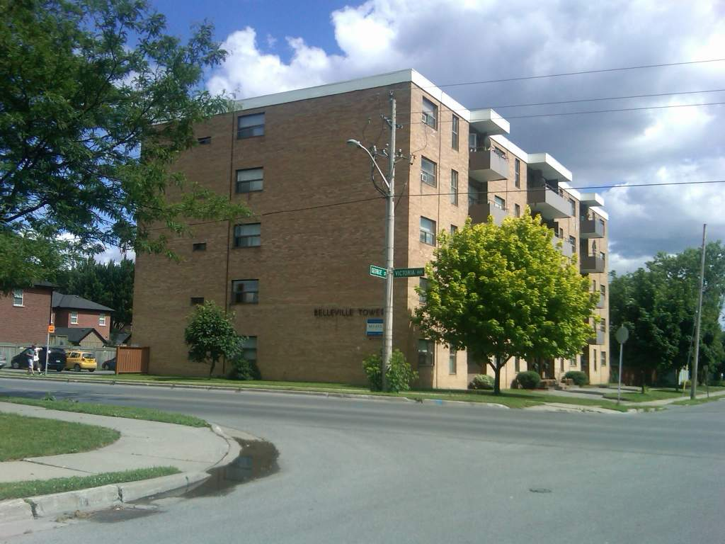 Belleville Apartment for rent, click for more details...