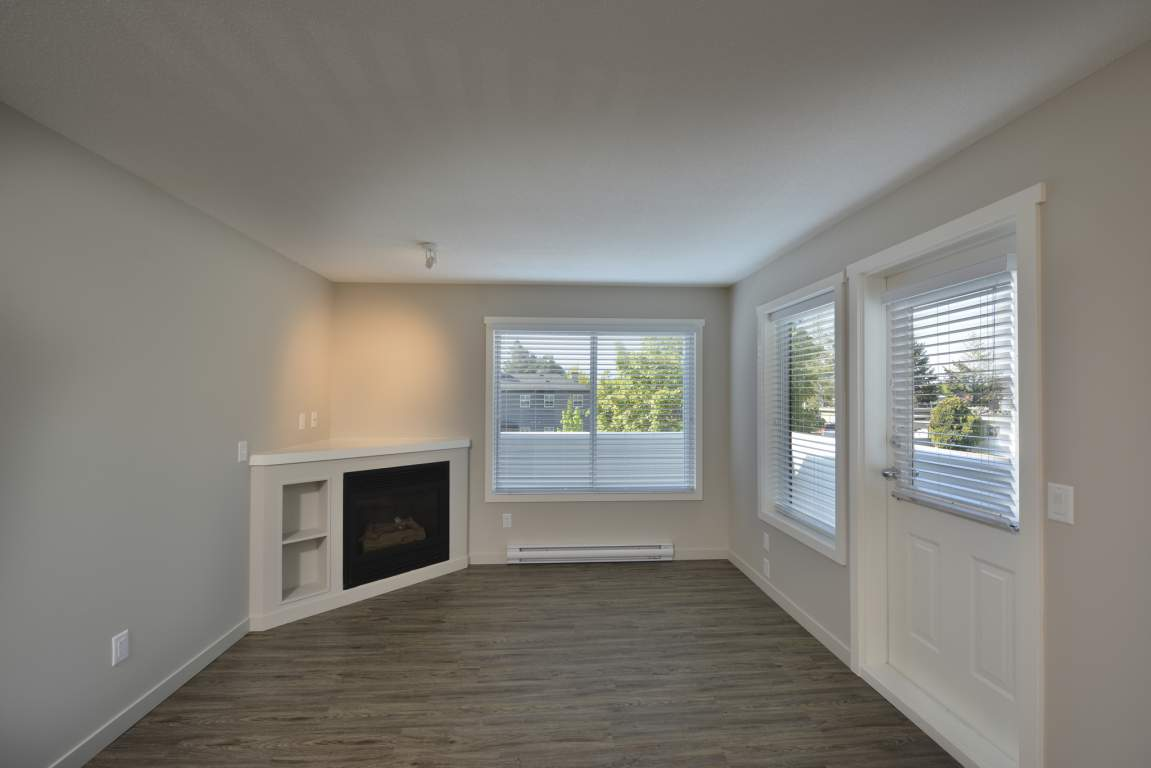 Kelowna Townhouse for rent, click for more details...