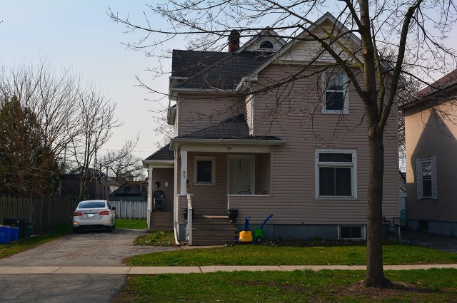 82 Maple Street