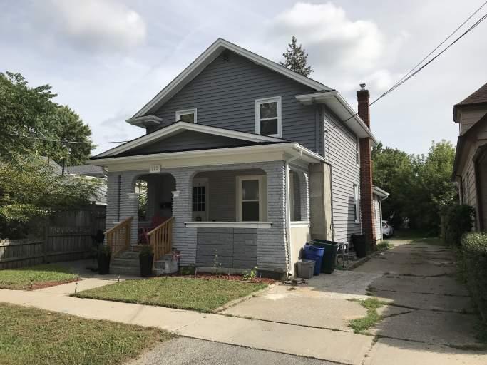 112 Dufferin Street E