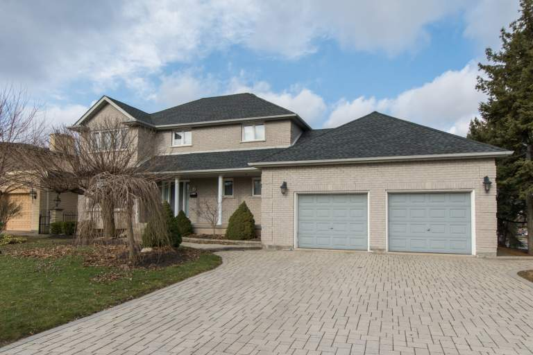 St Davds/Thorold 6BDRM 2900SQFT Whole House