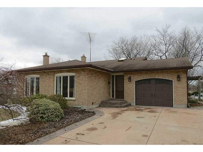 First Ave/Welland 4BDM Whole House Rental