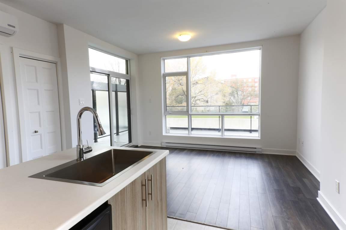 Pierrefonds Apartment for rent, click for more details...