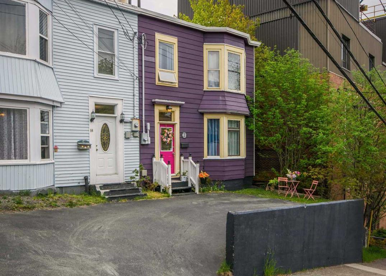 62 Leslie Street
