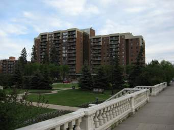 Apartment Building For Rent in  639 14Th Avenue Sw, Calgary, AB
