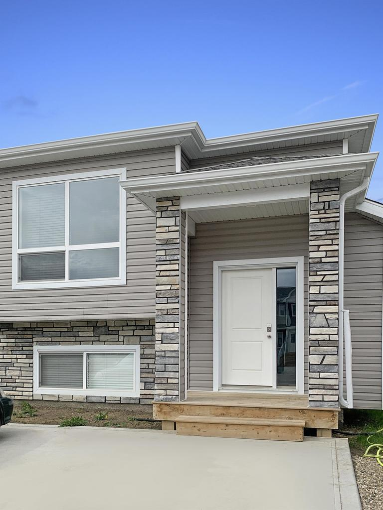 Clairmont House for rent, click for more details...