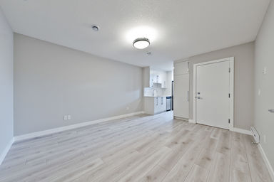 Home For Rent in  69 Corner Meadows Gate Ne, Calgary, AB