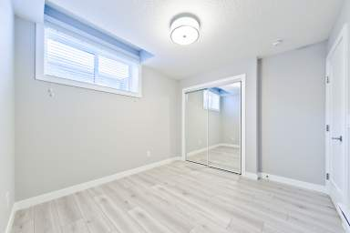 Home For Rent in  33 Red Embers Place Ne, Calgary, AB