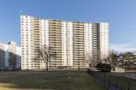 71 Thorncliffe Park Dr.