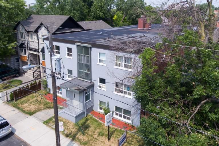 40 Lambton Avenue