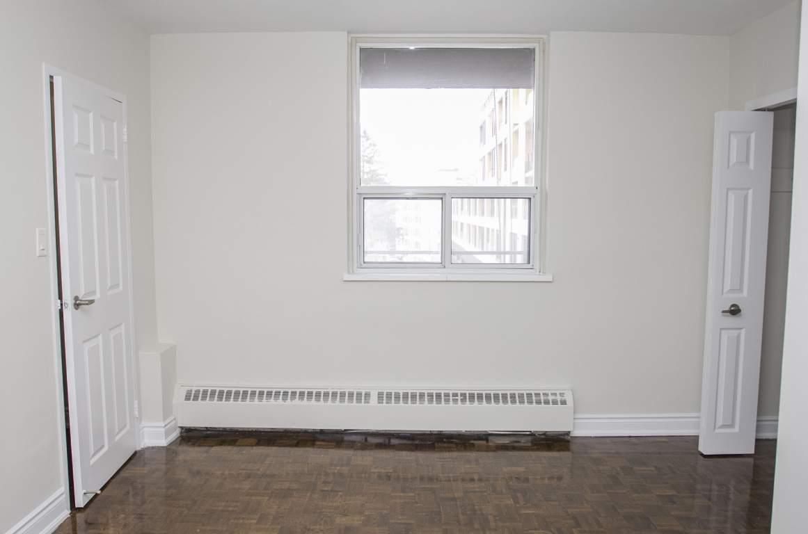1080 Kingston Rd.