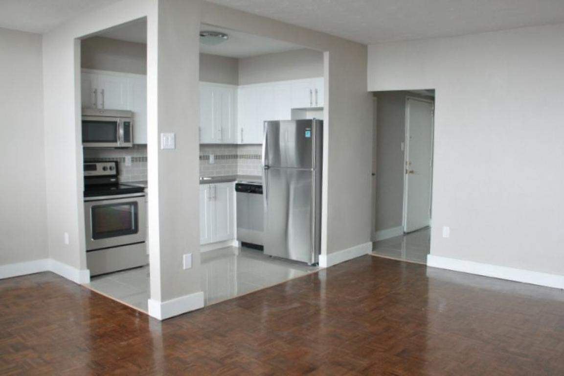 Lawrence Ave West Apartments For Rent