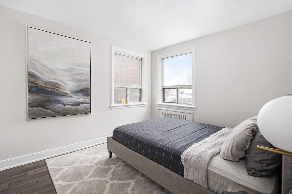 Hamilton Apartment