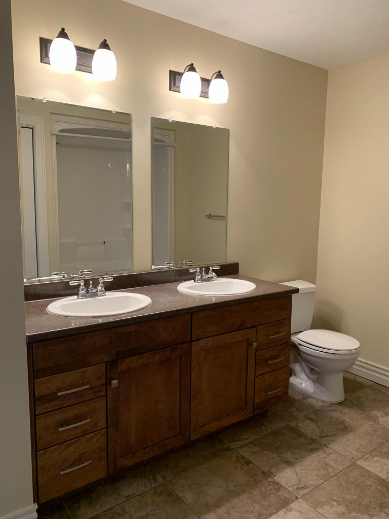 Full Bath with Double Sinks (on main level)