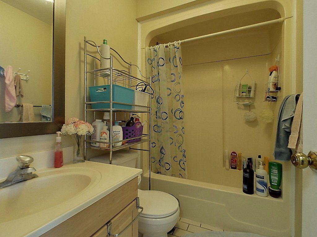 52 Noecker St. Unit A- Washroom