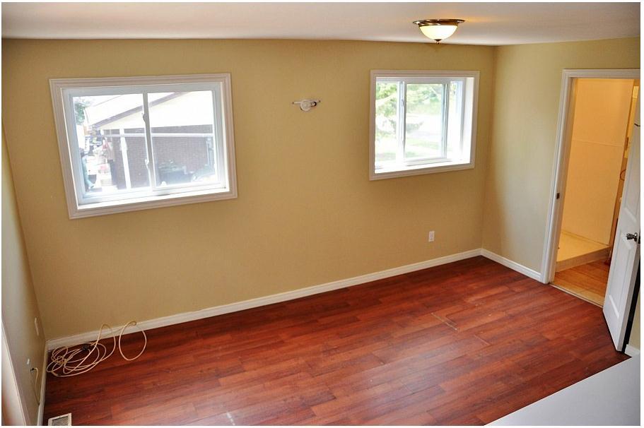 191 Cedarbrae Avenue Upper Level Unit- Living Room