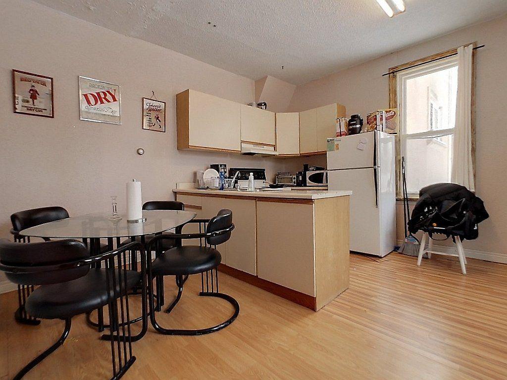 93 Regina St North Unit A Kitchen
