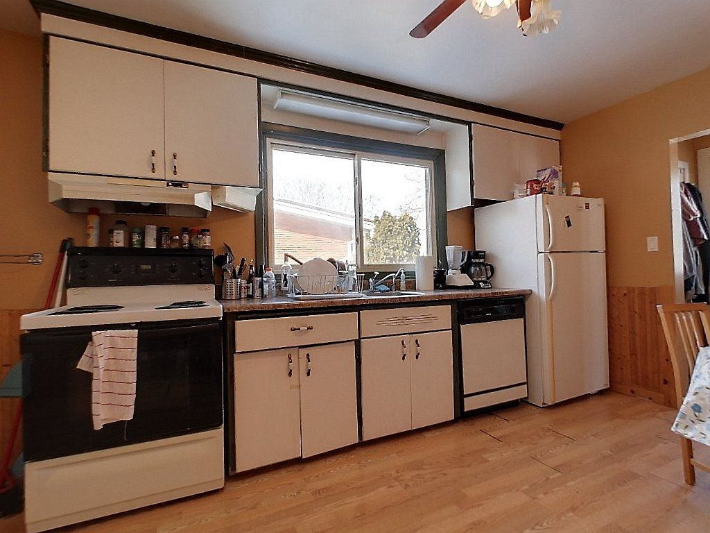 133 Marshall Street Unit 1- Kitchen