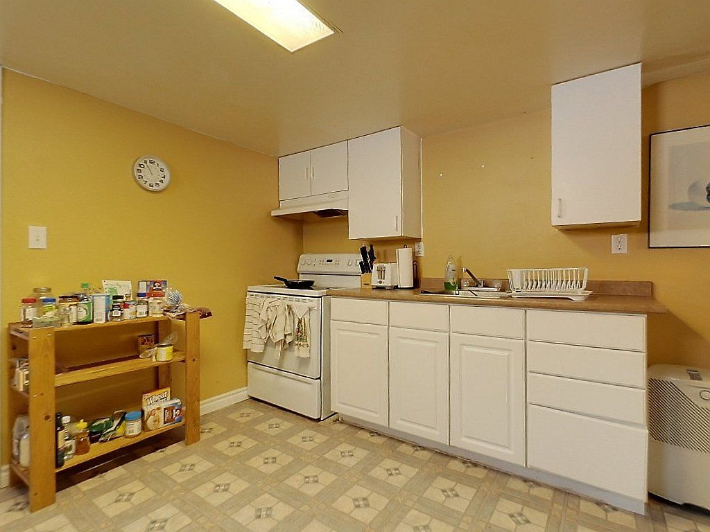 133 Marshall Street Unit 2- Kitchen