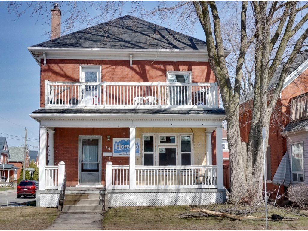 30 Regina - Students! Live in uptown! Full house available - tons of space on 4 levels! Walk to school!